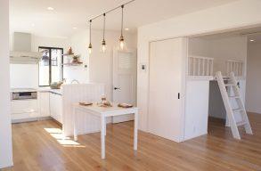 3世代で繋ぐ、家族の暮らし。完全独立型二世帯住宅